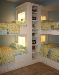 Кровати для четверых детей